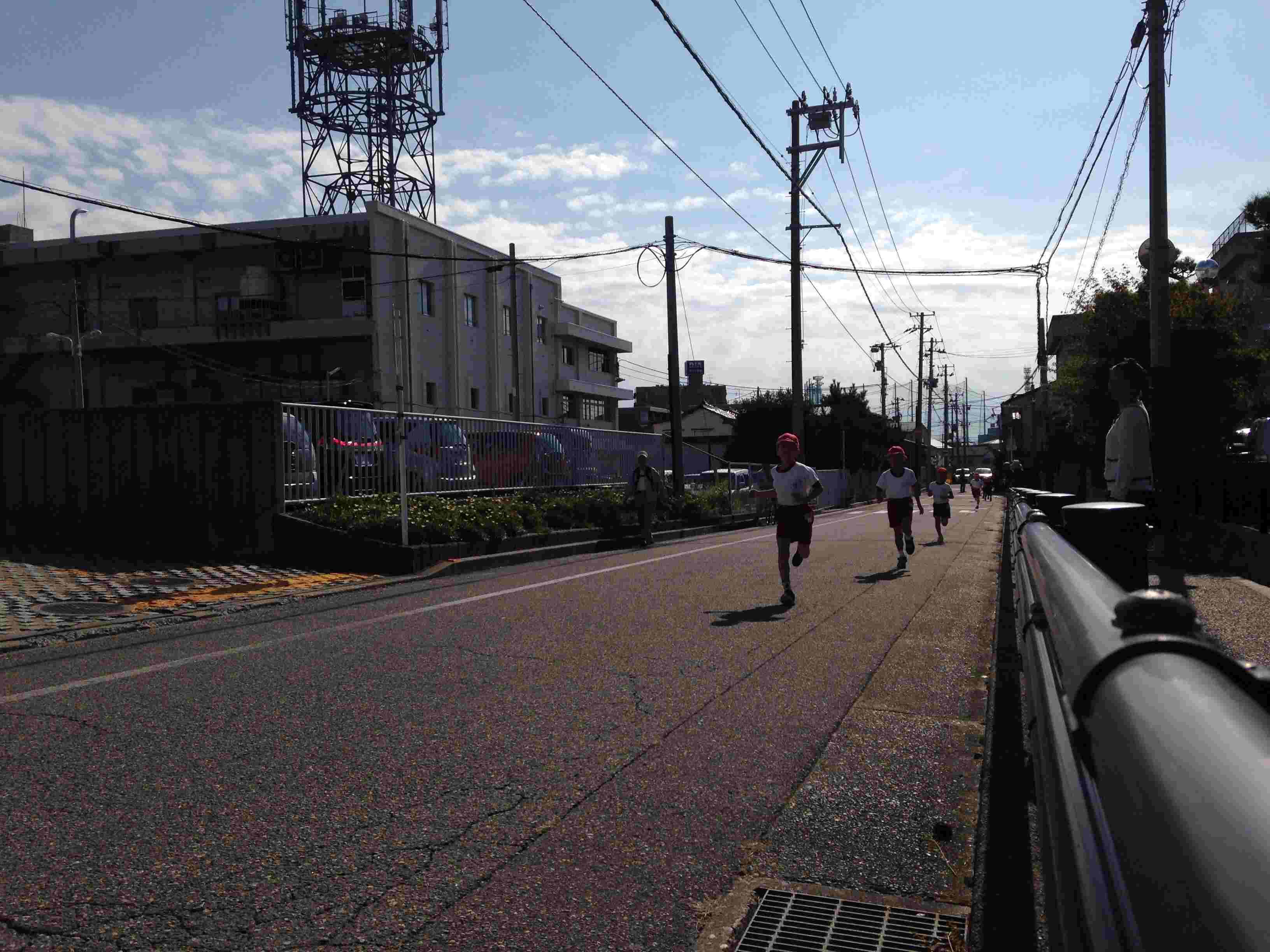 小学校のマラソン大会_b0349892_08382231.jpg