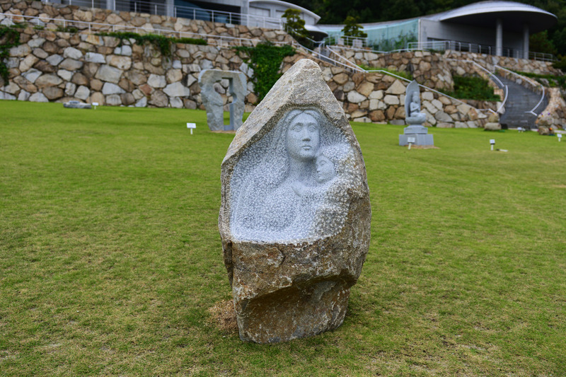 石の芸術に挑む 作家の作品展_d0246136_16341275.jpg