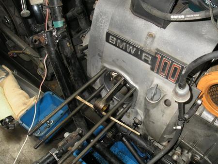 BMW Rタイプ 腰上の分解_e0218639_111911.jpg