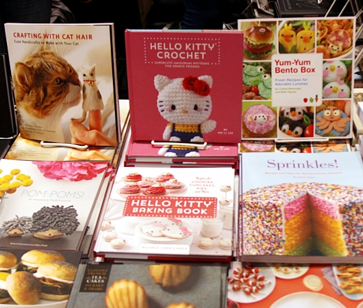 NYコミコン、出版社や大手書店のエリアにも日本の影響_b0007805_13225585.jpg