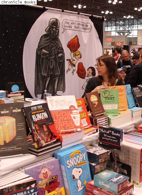 NYコミコン、出版社や大手書店のエリアにも日本の影響_b0007805_2258596.jpg