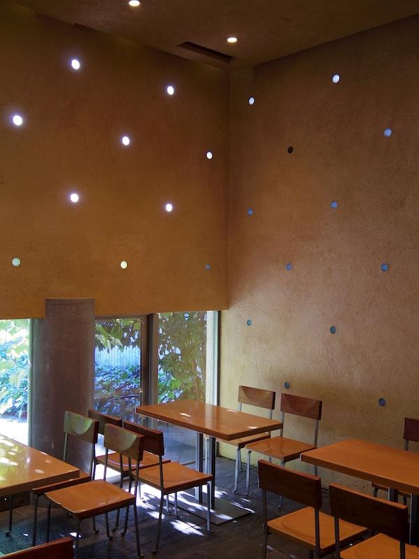 Cafe 傳_f0138807_15432034.jpg