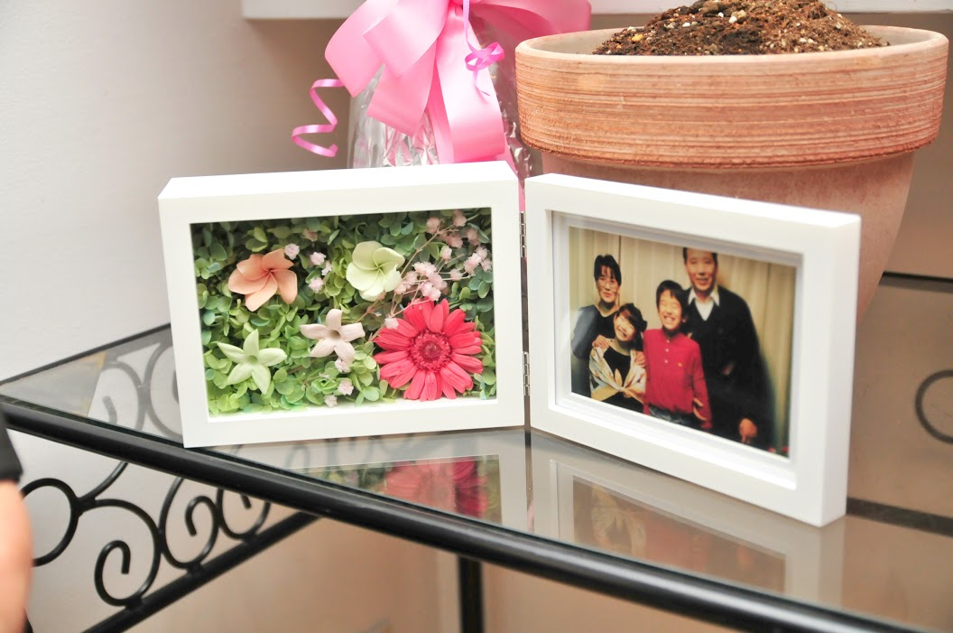 お花直し  日比谷パレス様へ  一年後に、お嬢様への花冠に_a0042928_2126283.jpg