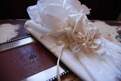 結婚式の引き出物 レザーのトレイ_f0155891_15163145.jpg