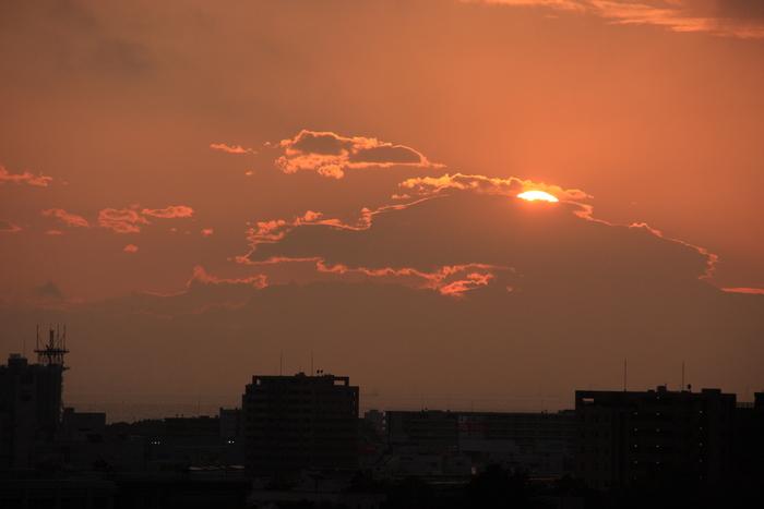 夕 陽_b0268615_18265058.jpg
