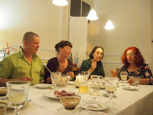 アンダルシアの新ワインと、若者たちの大きな胃袋・・・_f0152733_1875097.jpg