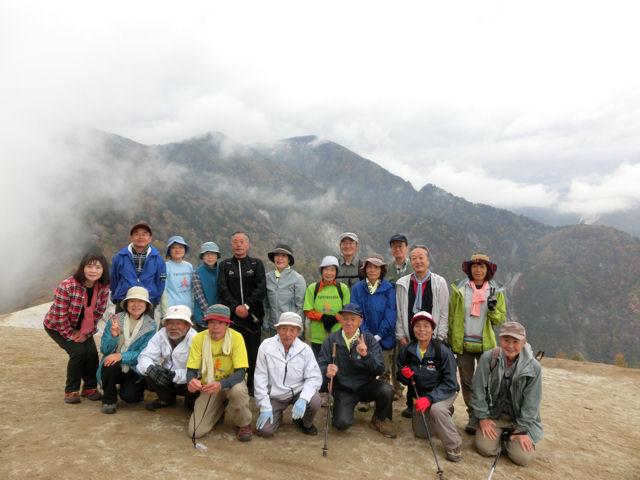 駒ケ岳神社から日向山へ_f0019247_23482151.jpg