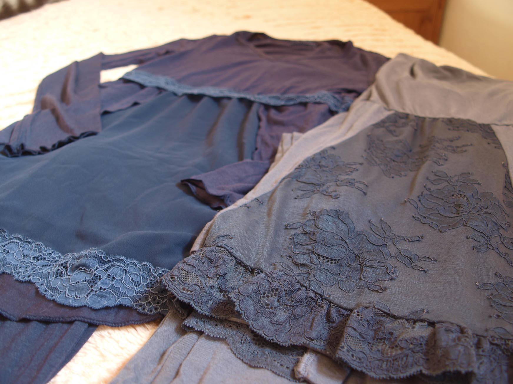 私の密かな贅沢はここのパジャマでベットに入る事_c0179785_553774.jpg
