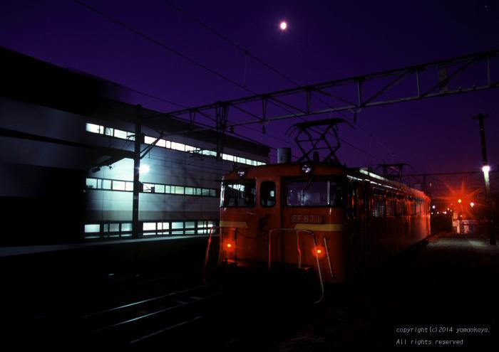 月の残る朝に ~セノハチ後押し67_d0309612_1101281.jpg