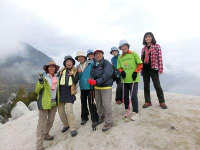 駒ケ岳神社から日向山へ_f0019247_010128.jpg