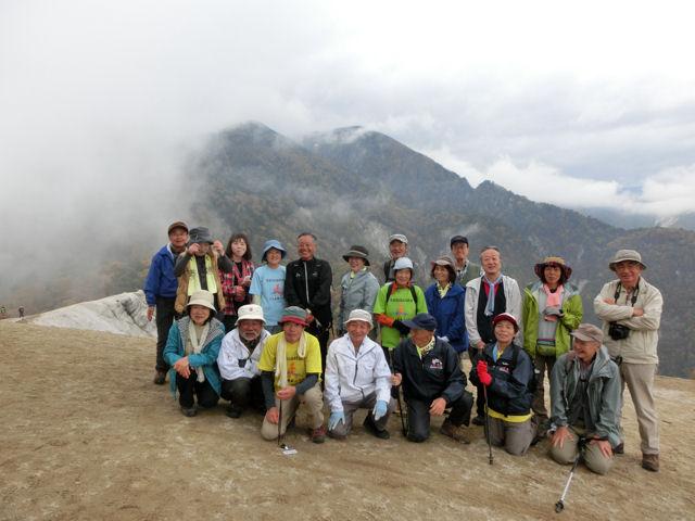 駒ケ岳神社から日向山へ_f0019247_094019.jpg