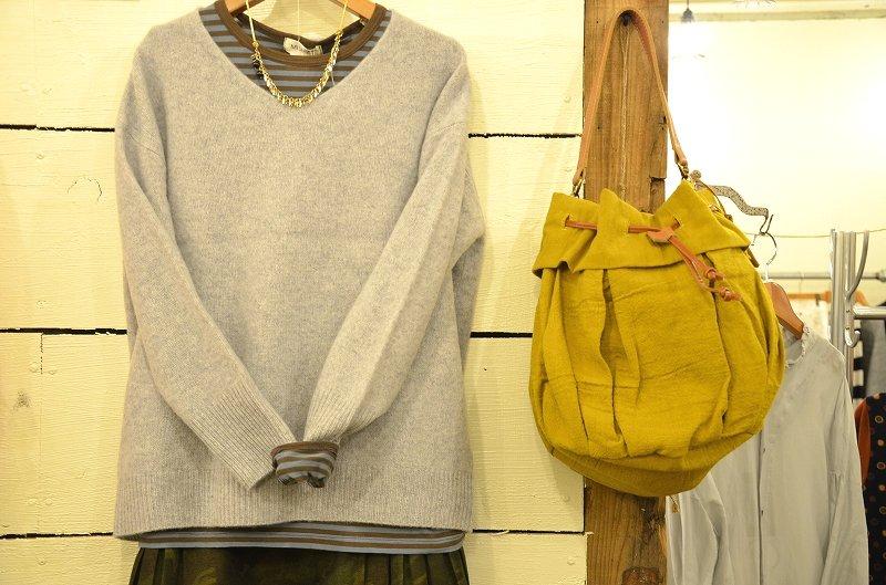 寒くなってきましたね☆そんな日には。。。Nouveles du paradis(ヌーベルドゥパラディー)のセーターをご紹介です**_a0256162_14134727.jpg