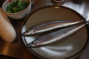 風街ろまん いい匂い 173 「晴天磨く秋刀魚の秋」  _c0121570_8533212.jpg