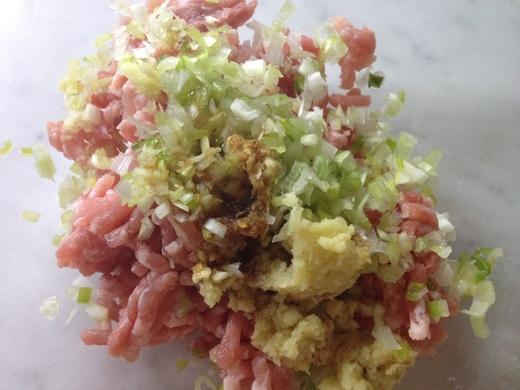 白菜のワンタンスープ_a0136671_139959.jpg