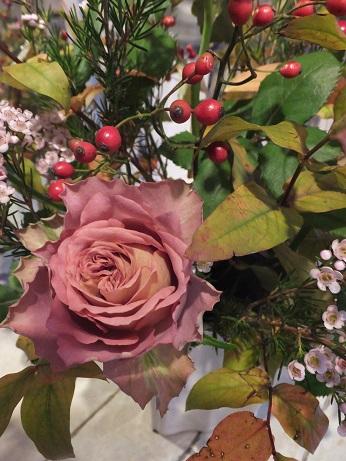 オークリーフ花の教室(山名さんの作品)_f0049672_1742277.jpg