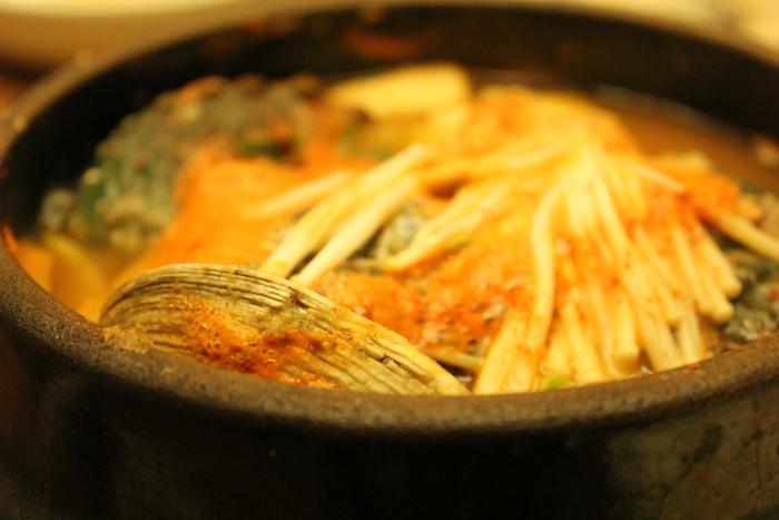 済州島とソウル 郷土料理と民族芸術に触れる旅 その1 あわびづくしの初日の晩御飯。_a0223786_16315510.jpg