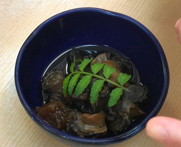 「沼のともだち」を食す   大阪新世界にて_a0163788_2137507.jpg