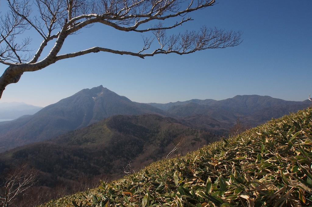 樽前山とイチャンコッペ山、10月23日-速報版-_f0138096_14232128.jpg