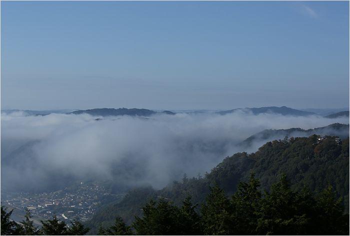 雲海に包まれた備中松山城_a0256349_15575037.jpg