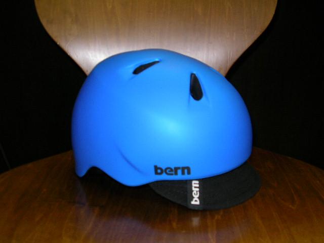 bernのnino/macon visorが数点入荷しました_b0189682_1034326.jpg