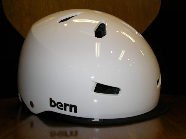 bernのnino/macon visorが数点入荷しました_b0189682_1051651.jpg
