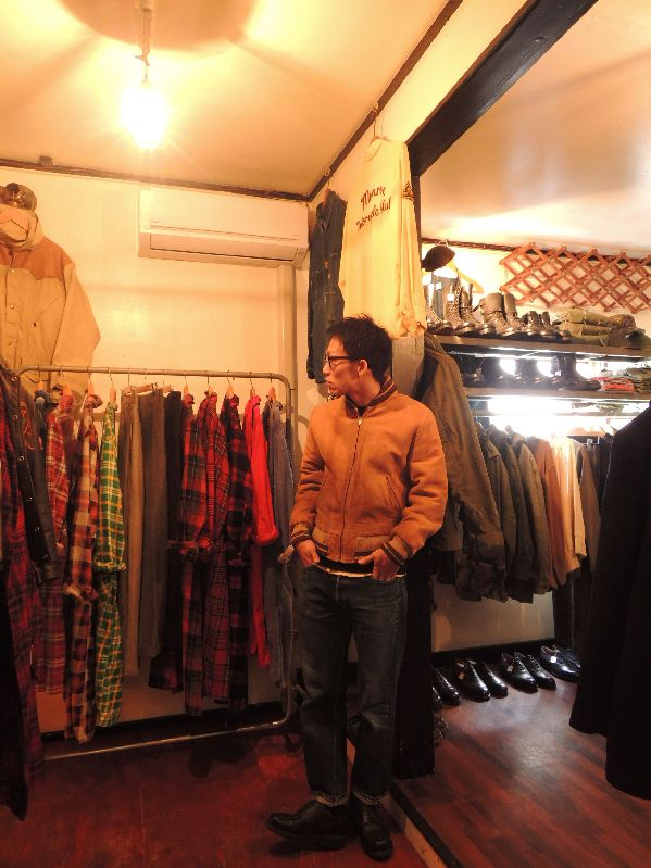 50S60S COLLEGETOWN NUBUCK LEATHER JACKET--RECOMMEND--_c0176867_208582.jpg
