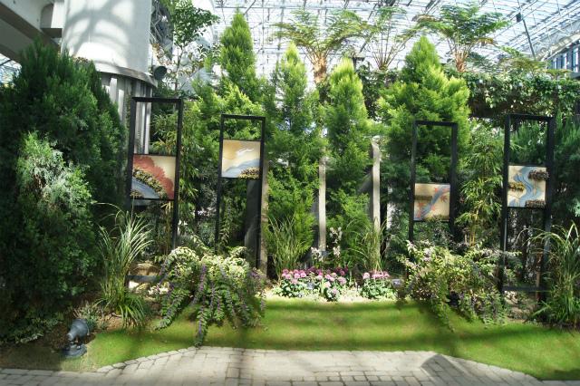 奇跡の星の植物館~グリーンアート_e0181373_20513770.jpg