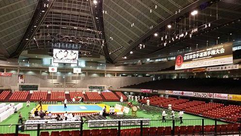 日本一を掛けた熱い戦いが始まります。_c0186691_22564057.jpg