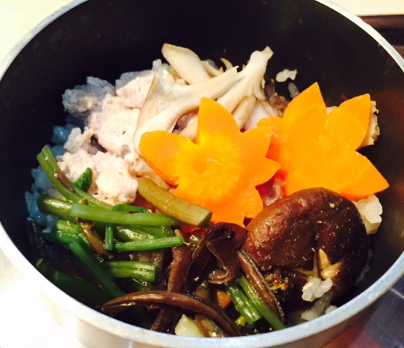 奥久慈軍鶏と山菜の釜飯_f0144003_18371829.jpg