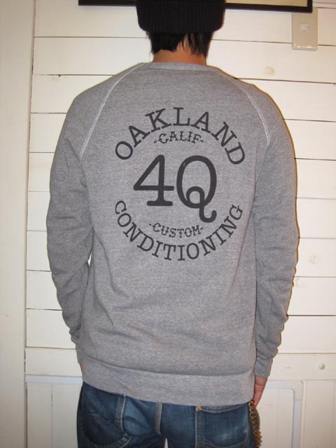 4Q CONDITIONING CREW & ZIP UP HOODY_c0140709_12324943.jpg