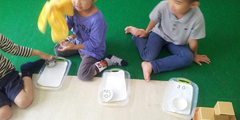幼稚園クラス【年中さんの様子です】_a0318871_22351585.jpg