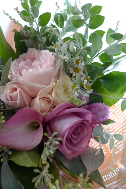 お母様の友人女性への贈り花。_b0171193_19031144.jpg