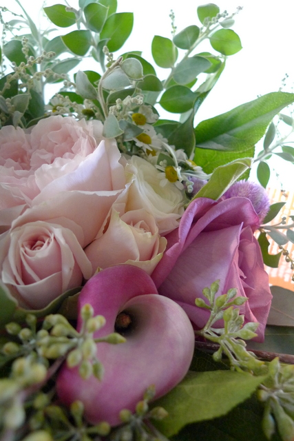 お母様の友人女性への贈り花。_b0171193_19031479.jpg
