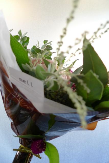 お母様の友人女性への贈り花。_b0171193_19031659.jpg