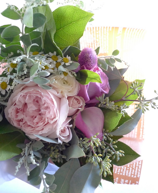 お母様の友人女性への贈り花。_b0171193_19031886.jpg