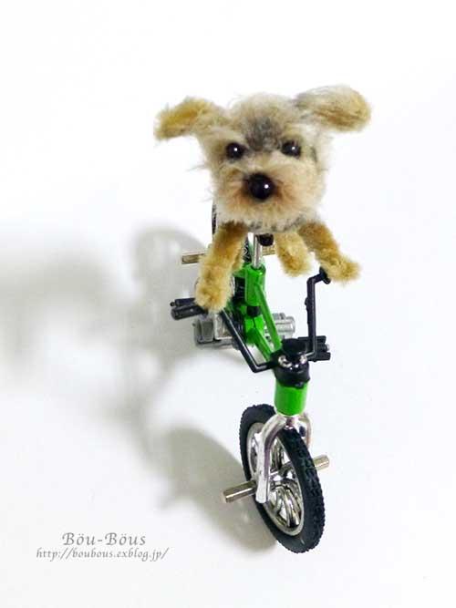 誰の自転車?_d0128697_0342234.jpg