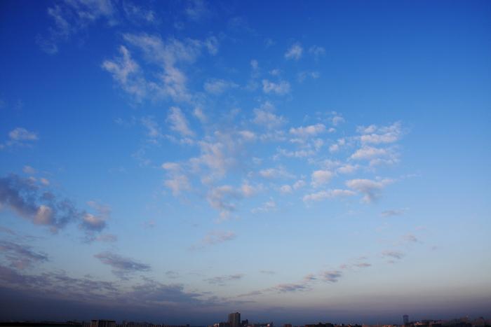 隙間雲 (高積雲)_b0268615_732478.jpg