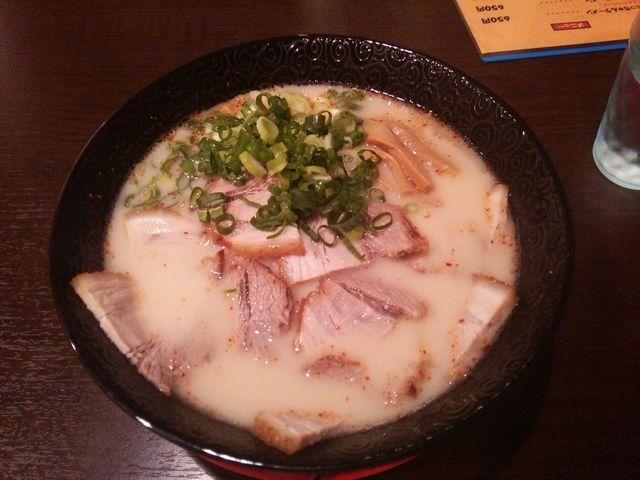 チャーシュー麺@たっちゃんラーメン_a0117520_0495050.jpg