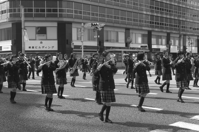 March  ・・・行進・・・_f0333031_16352716.jpg