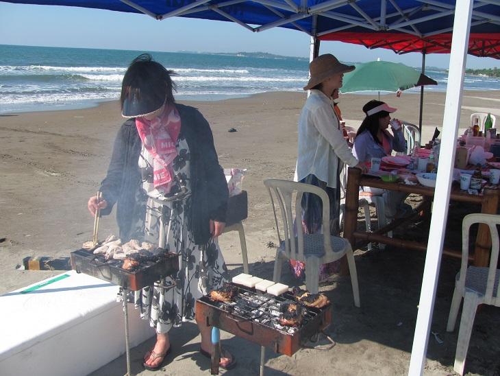 北ルソン日本人会 La Unionビーチへ アウティング_a0109542_19141060.jpg