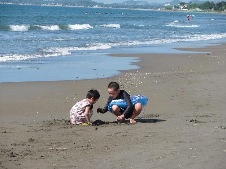 北ルソン日本人会 La Unionビーチへ アウティング_a0109542_19154112.jpg