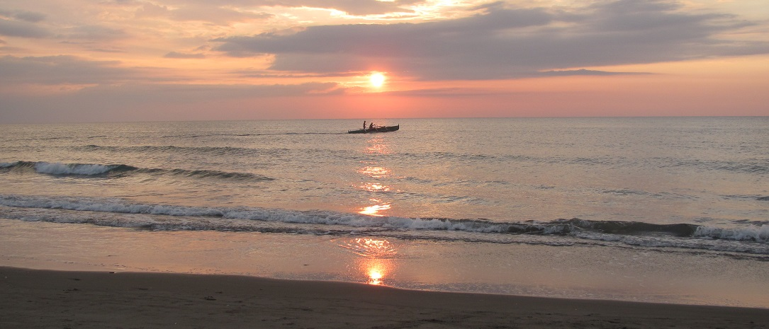 北ルソン日本人会 La Unionビーチへ アウティング_a0109542_19171212.jpg