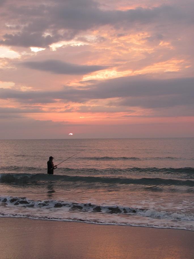 北ルソン日本人会 La Unionビーチへ アウティング_a0109542_19193938.jpg