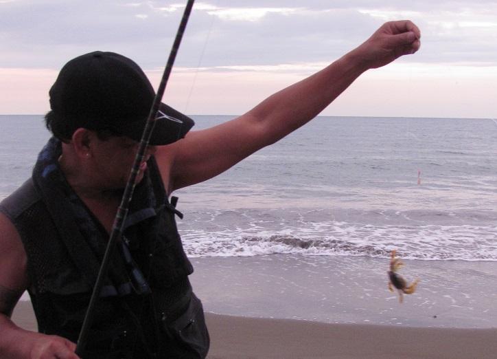 北ルソン日本人会 La Unionビーチへ アウティング_a0109542_1920569.jpg