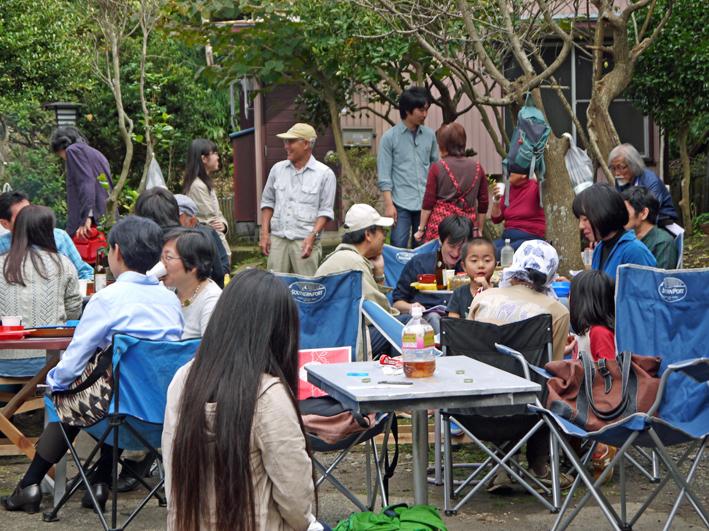 かっちゃんちの芋煮会に赤ちゃんから熟年まで参加10・26_c0014967_1451226.jpg
