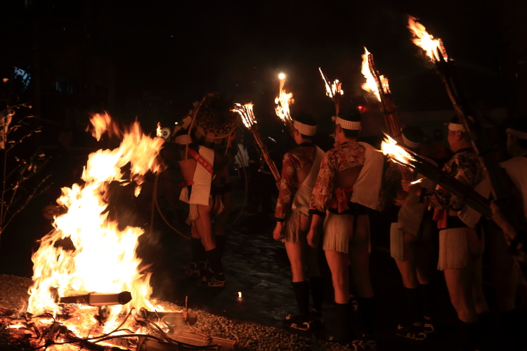 鞍馬の火祭_e0051888_6191393.jpg