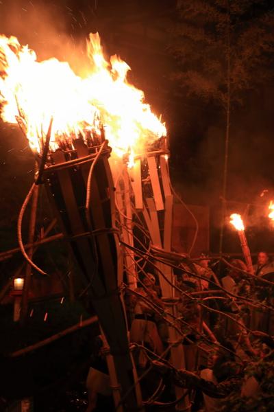 鞍馬の火祭_e0051888_6193060.jpg