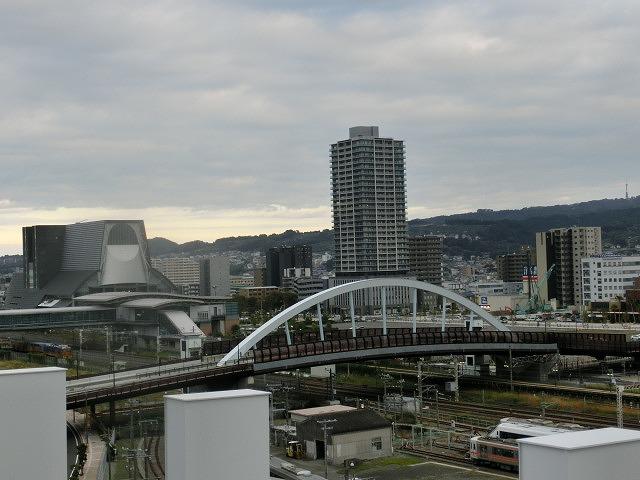 初めて行った「マークイズ静岡」 県都・静岡市の商業施設は大激戦_f0141310_7101997.jpg