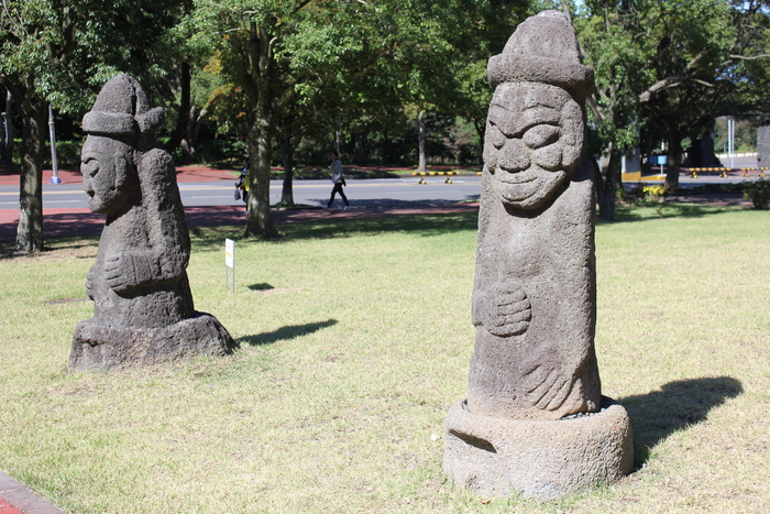 済州島とソウル 郷土料理と民族芸術に触れる旅 その2  済州芸術に遭遇。_a0223786_15323097.jpg