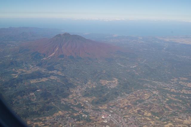 楽しいJALの旅青森のシンボル岩木山の紅葉、津軽富士岩木山の紅葉、霊峰岩木山の秋_d0181492_20415842.jpg